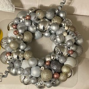 Other - Holiday wreath